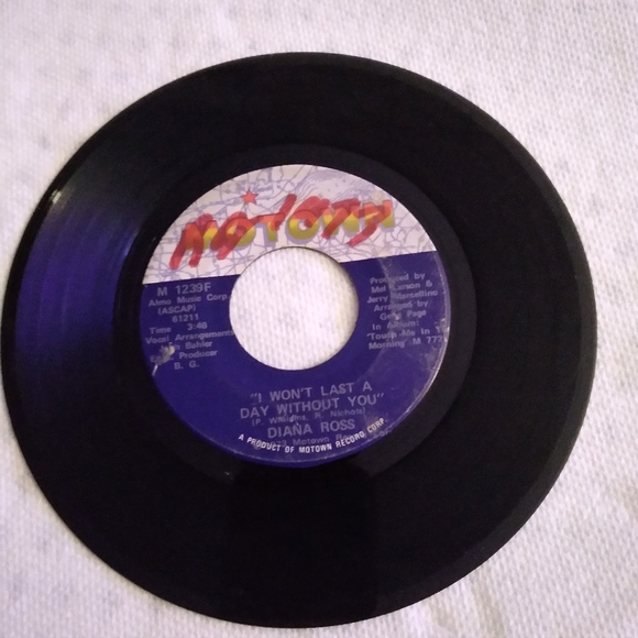 1 used small Record